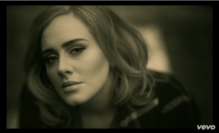Adele Makes Fan Request During Show
