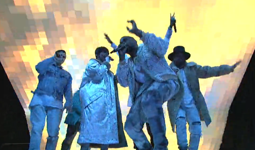 "Watch Kanye West Perform ""High Lights"" and ""Ultra Light Beams"" on"