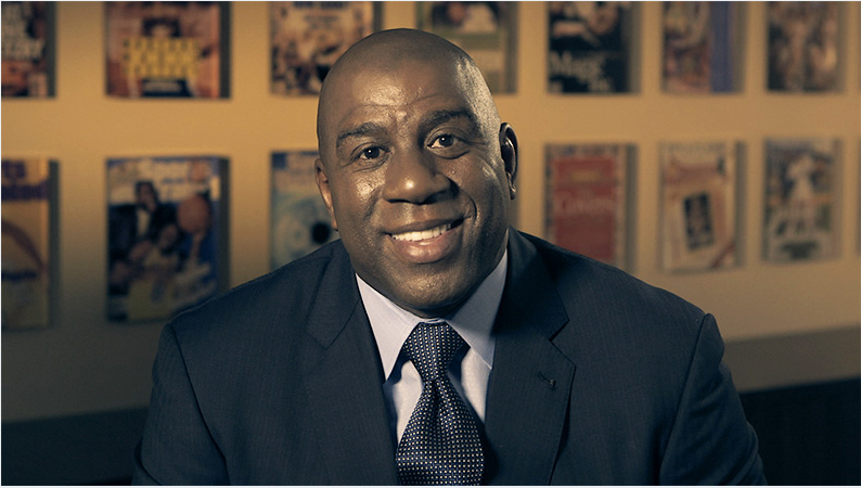 Magic Johnson Has House Party For Hillary