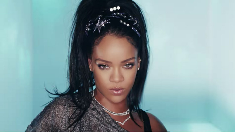 Calvin Harris - This Is What You Came For (ft. Rihanna)